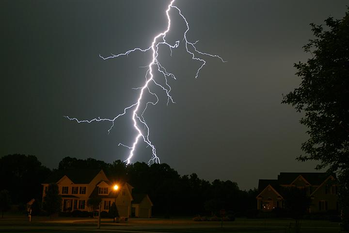 6_NBC_Lightning-Shot